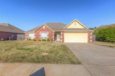 Collinsville Single Family Home For Sale: 12104 N 111th East Avenue