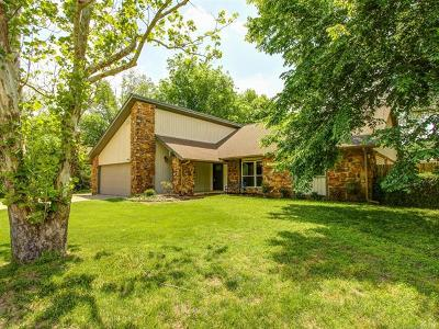 Bixby Single Family Home For Sale: 9806 E 117th Place S