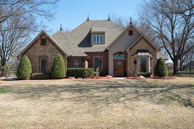 Owasso Single Family Home For Sale: 7037 Hackberry Ridge