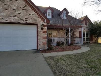 Owasso Single Family Home For Sale: 8704 N 140th East Court