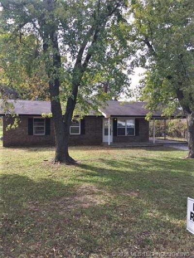 Bixby Single Family Home For Sale: 308 E Stadium Road