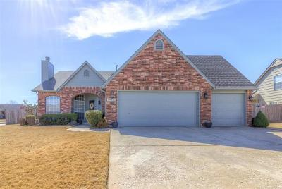 Bixby Single Family Home For Sale: 10420 E 111th Place