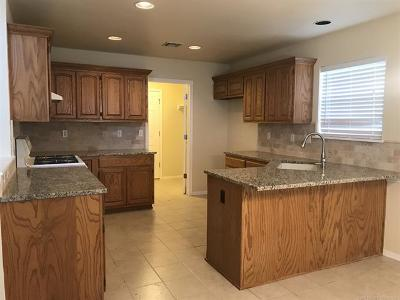 Sand Springs Single Family Home For Sale: 5304 S Redbud Place