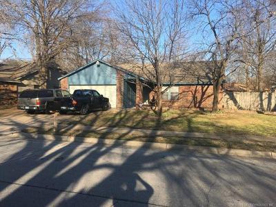 Tulsa Single Family Home For Sale: 2739 S 138th East Avenue