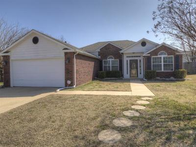 Collinsville Single Family Home For Sale: 10806 E 118th Street North