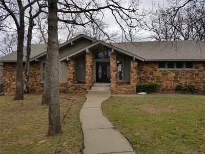 Tulsa Single Family Home For Sale: 2167 N Vancouver Avenue