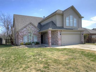 Broken Arrow Single Family Home For Sale: 1417 N Umbrella Avenue