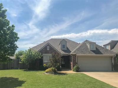 Tulsa Single Family Home For Sale: 4718 S 176th East Place