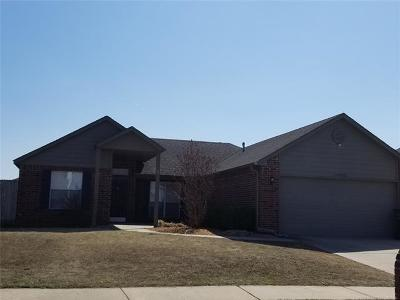 Collinsville Single Family Home For Sale: 10906 E 120th Street North N