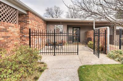 Tulsa Single Family Home For Sale: 2115 E 59th Street #2