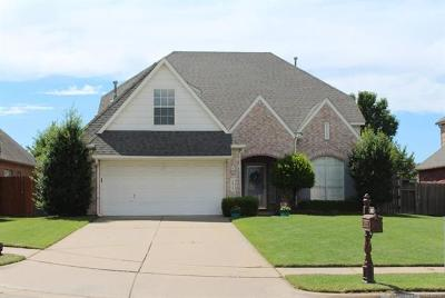 Broken Arrow Single Family Home For Sale: 1012 S Cypress Avenue