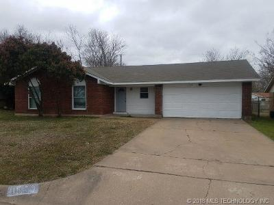 Single Family Home For Sale: 11520 E 7th Place
