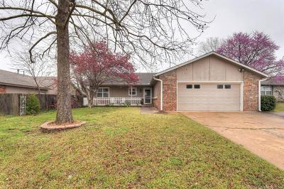 Broken Arrow Single Family Home For Sale: 4117 S Cedar Place