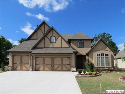Tulsa Single Family Home For Sale: 10709 E 100th Place S