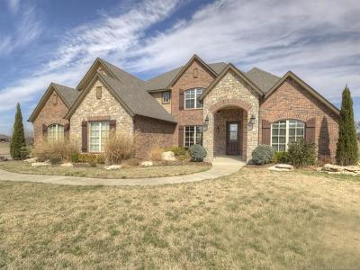 Owasso Single Family Home For Sale: 6573 N Deer Ridge Court