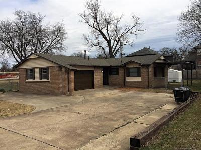 Sand Springs Single Family Home For Sale: 4 W 32nd Street