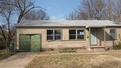 Single Family Home Sold: 761 E 43rd Street N