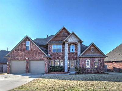Broken Arrow Single Family Home For Sale: 1201 W Fargo Lane