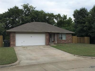 Claremore Single Family Home For Sale: 830 W 24th Street N