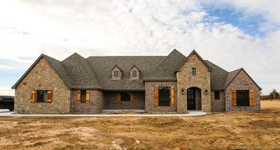 Owasso Single Family Home For Sale: 8926 N 65th East Place