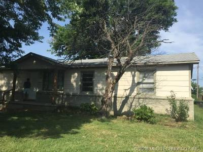Tulsa Single Family Home For Sale: 119 S 42nd Street
