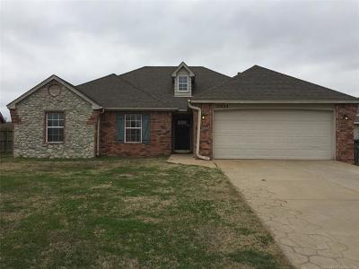Collinsville Single Family Home For Sale: 12924 N 131st East Avenue