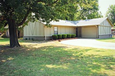 Glenpool Single Family Home For Sale: 1124 E 142nd Street