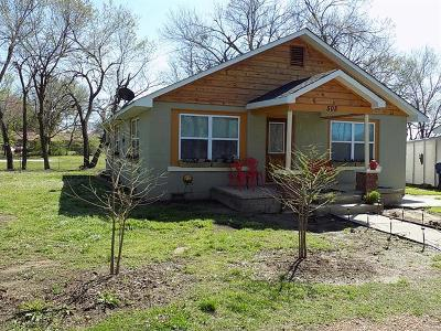 Allen OK Single Family Home For Sale: $109,500