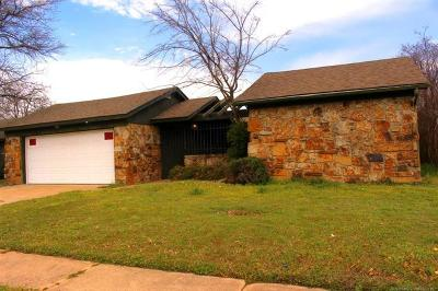 Tulsa Single Family Home For Sale: 2707 S 104th East Avenue