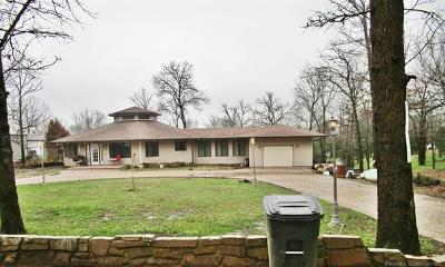 Park Hill Single Family Home For Sale: 22958 W 867 Road