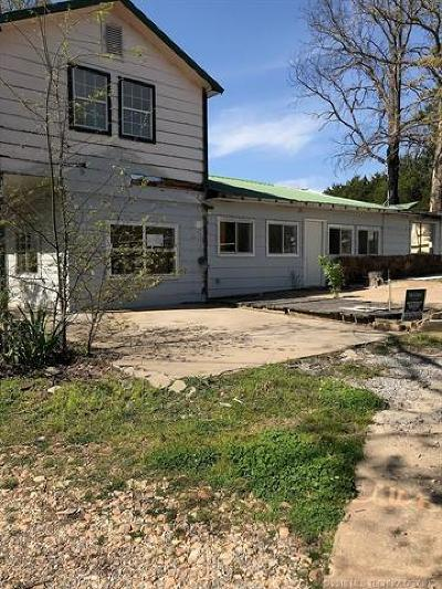 Park Hill Manufactured Home For Sale: 28163 S 550 Road