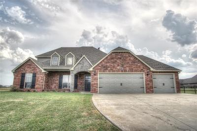 Collinsville Single Family Home For Sale: 5932 E 139th Place N