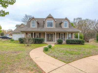 Sand Springs Single Family Home For Sale: 702 W 36th Street