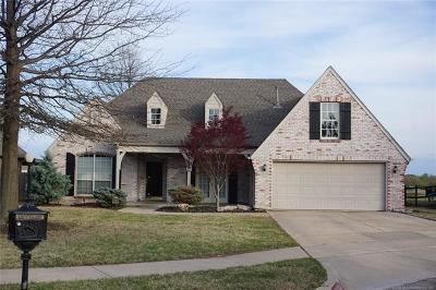 Owasso Single Family Home For Sale: 10108 E 95th Court North