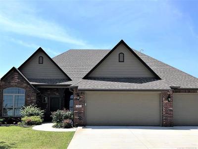 Broken Arrow Single Family Home For Sale: 1503 E Washington Place