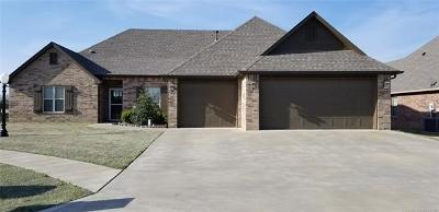 Collinsville Single Family Home For Sale: 10523 E 142nd Street North