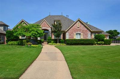 Broken Arrow Single Family Home For Sale: 8405 S 1st Street