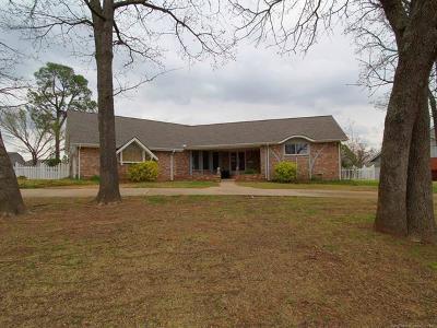 Sapulpa Single Family Home For Sale: 1205 S Apple Street