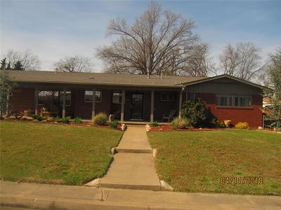 Tulsa OK Single Family Home For Sale: $200,000
