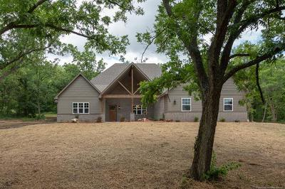 Claremore Single Family Home For Sale: 15274 E Hooty Creek Road