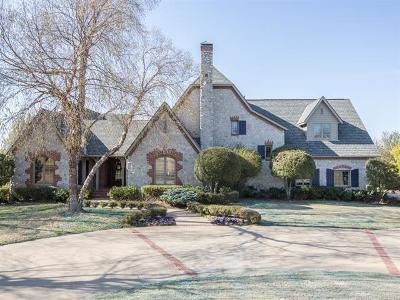 Tulsa Single Family Home For Sale: 5263 Oak Leaf Drive