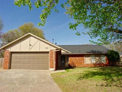 Broken Arrow Single Family Home For Sale: 7401 S Date Place