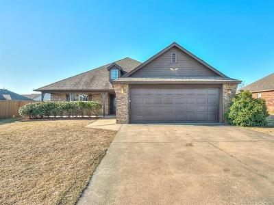 Collinsville Single Family Home For Sale: 13168 E 131st Street North