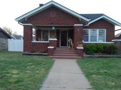 Okmulgee Single Family Home For Sale: 1721 E 8th Street