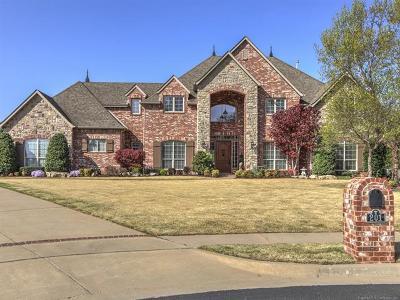 Broken Arrow Single Family Home For Sale: 201 E Decatur Street
