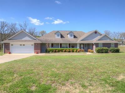 Claremore Single Family Home For Sale: 21840 Summerset Court