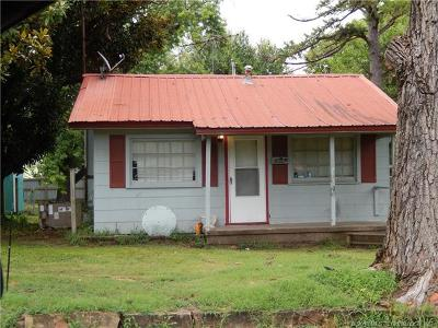 Okmulgee Single Family Home For Sale: 719 S Chickasaw Avenue