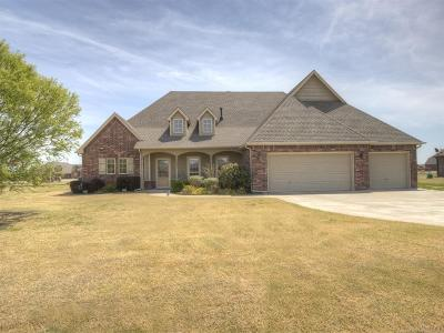 Collinsville Single Family Home For Sale: 14223 N 63rd East Avenue
