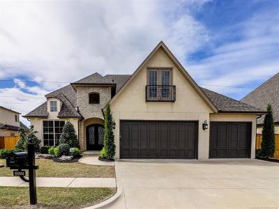 Tulsa Single Family Home For Sale: 5922 E 110th Place