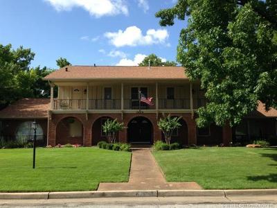 Tulsa Single Family Home For Sale: 2959 E 56th Court